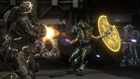 H4-Dawn-MasterChief-Vs-HeavyJackal.jpg